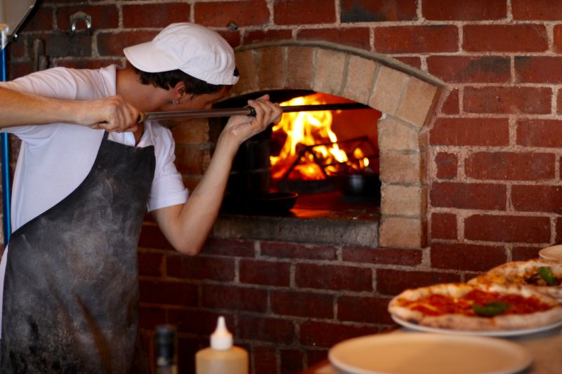 Pizza Chef  Pizzaiolo, Wood Fired Oven